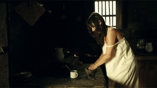 Fabiana Medina como Rosalba Velasco , LA SARGENTO MATACHO