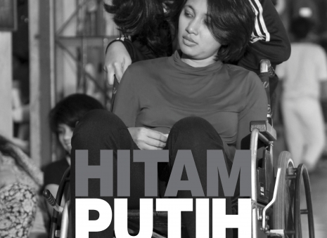 Hitam Putih Kelabu (Black White Gray)